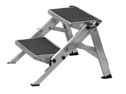 Dvojna stopnica, zložljiva iz aluminija