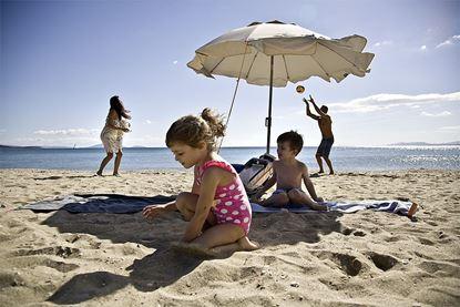 Brisača za na plažo One Moe siva
