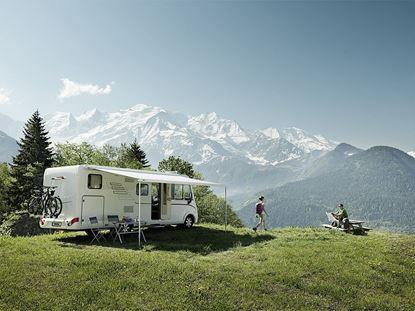 Izvlečna tenda Thule Omnistor 8000 z motorjem, bela, barva platna Mystic Grey